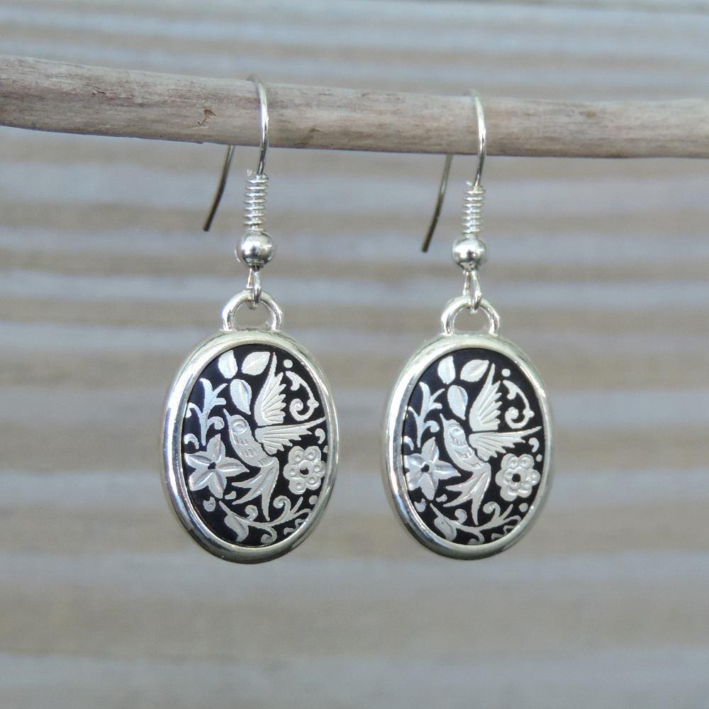 Silver oval damascene wire earrings