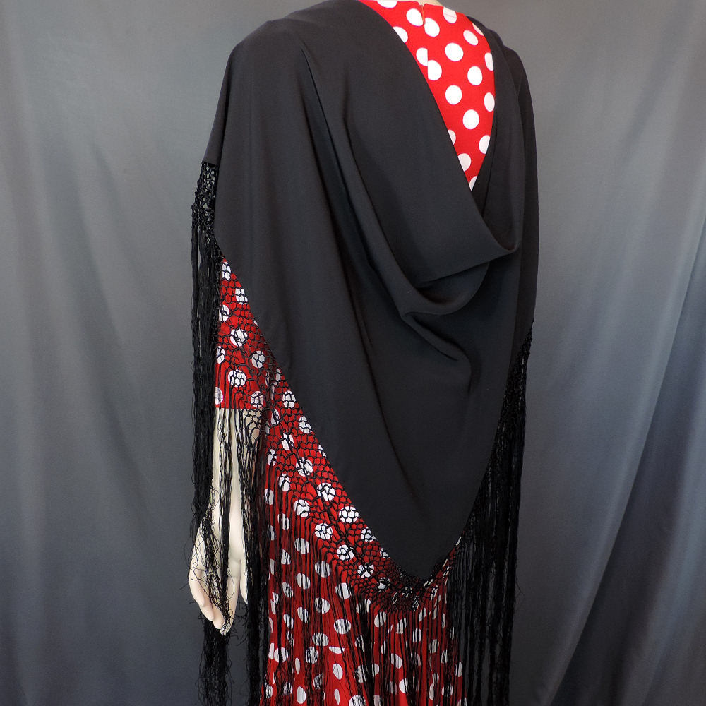 triangular pico shawl