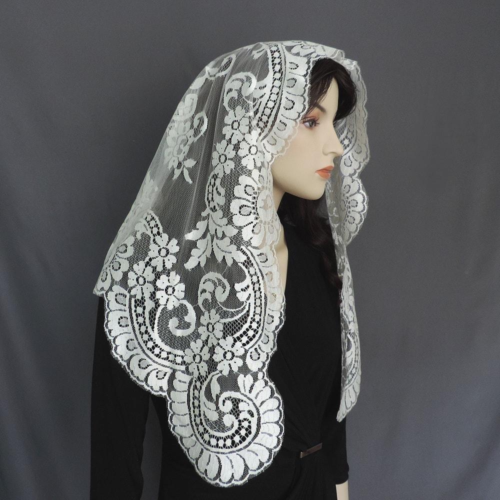 lace chapel veil